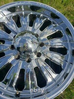 Rims tires Automotive Weld Dodge aluminum 20inch used 8x6.5 lug pattern